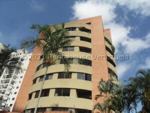 Apartamento En Ventaen Valencia, La Trigaleña, Venezuela, VE RAH: 21-23510