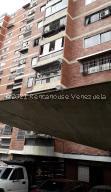 Local Comercial En Ventaen Caracas, El Marques, Venezuela, VE RAH: 21-23487