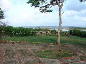 Terreno En Ventaen Tucacas, Morrocoy, Venezuela, VE RAH: 21-23452
