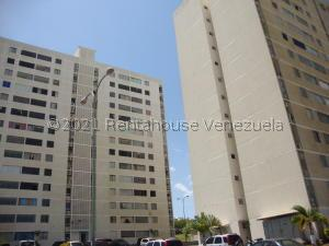 Apartamento En Ventaen Barquisimeto, Parroquia Union, Venezuela, VE RAH: 21-23447