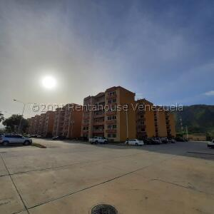 Apartamento En Ventaen Municipio San Diego, Monteserino, Venezuela, VE RAH: 21-23634