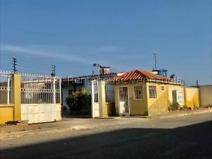 Casa En Ventaen Punto Fijo, Dona Emilia, Venezuela, VE RAH: 21-23515