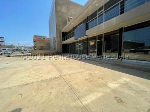 Local Comercial En Ventaen Punto Fijo, Puerta Maraven, Venezuela, VE RAH: 21-23500