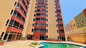 Apartamento En Ventaen Puerto La Cruz, Complejo Turistico El Morro, Venezuela, VE RAH: 21-23513