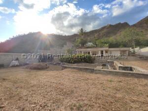 Terreno En Ventaen Maracay, Lomas De Palmarito, Venezuela, VE RAH: 21-23524