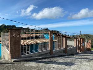 Terreno En Ventaen Caracas, El Junquito, Venezuela, VE RAH: 21-23496