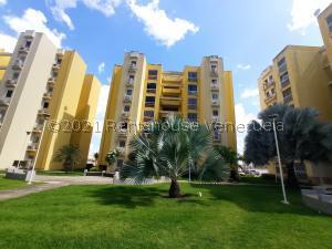 Apartamento En Ventaen La Morita, Villas Geicas, Venezuela, VE RAH: 21-23534