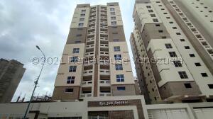 Apartamento En Ventaen Maracay, Base Aragua, Venezuela, VE RAH: 21-23544