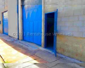 Galpon - Deposito En Ventaen Maracay, Avenida Los Cedros, Venezuela, VE RAH: 21-23564