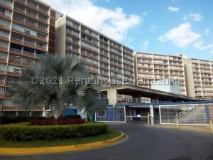 Apartamento En Ventaen Caracas, El Encantado, Venezuela, VE RAH: 21-23591