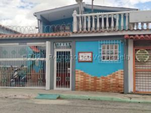 Casa En Ventaen Barquisimeto, Centro, Venezuela, VE RAH: 21-23596