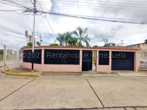 Casa En Ventaen Cagua, La Exclusiva, Venezuela, VE RAH: 21-23601