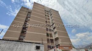 Apartamento En Ventaen Maracay, Zona Centro, Venezuela, VE RAH: 21-23638