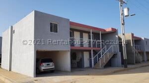 Apartamento En Ventaen Coro, Centro, Venezuela, VE RAH: 21-23759