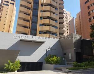 Apartamento En Ventaen Valencia, La Trigaleña, Venezuela, VE RAH: 21-23649