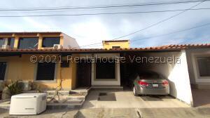 Casa En Ventaen Cabudare, Villa Roca, Venezuela, VE RAH: 21-23664