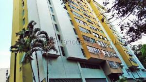 Apartamento En Ventaen Los Teques, Los Teques, Venezuela, VE RAH: 21-23619