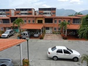 Townhouse En Ventaen Guatire, Terrazas Del Ingenio, Venezuela, VE RAH: 21-23693