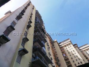 Apartamento En Alquileren Maracay, El Centro, Venezuela, VE RAH: 21-23623