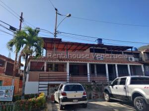 Casa En Ventaen Guatire, La Rosa, Venezuela, VE RAH: 21-24084