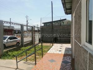 Terreno En Ventaen Maracaibo, Centro, Venezuela, VE RAH: 21-23754