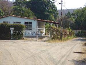Casa En Ventaen Puerto La Cruz, Cantaclaro, Venezuela, VE RAH: 21-23758
