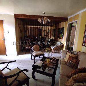 Apartamento En Ventaen Ciudad Ojeda, Avenida Vargas, Venezuela, VE RAH: 21-23807