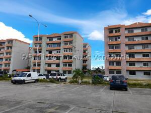Apartamento En Ventaen Municipio San Diego, Monteserino, Venezuela, VE RAH: 21-23920