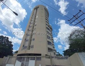 Apartamento En Ventaen Valencia, Camoruco, Venezuela, VE RAH: 21-23848