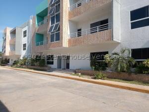 Apartamento En Ventaen Ciudad Ojeda, Campo Elias, Venezuela, VE RAH: 21-23857