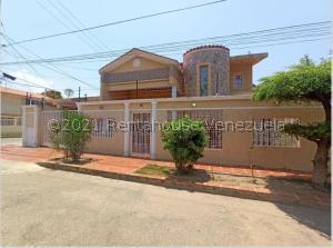 Casa En Ventaen Cabimas, Buena Vista, Venezuela, VE RAH: 21-24181