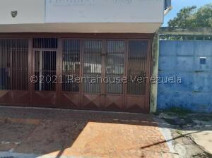 Local Comercial En Alquileren Cabudare, La Mata, Venezuela, VE RAH: 21-23859
