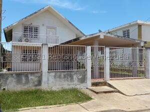 Casa En Ventaen Ciudad Ojeda, La N, Venezuela, VE RAH: 21-23866