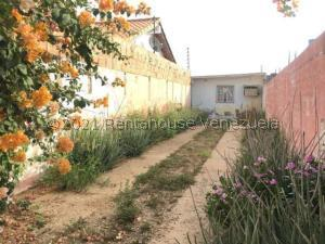 Casa En Ventaen Punto Fijo, Puerta Maraven, Venezuela, VE RAH: 21-23868