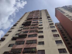 Apartamento En Ventaen Los Teques, Los Teques, Venezuela, VE RAH: 21-23912