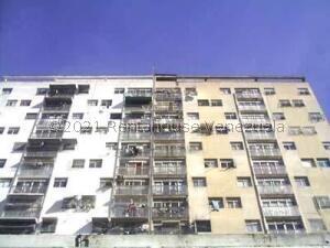 Apartamento En Ventaen Caracas, Parroquia La Candelaria, Venezuela, VE RAH: 21-23922