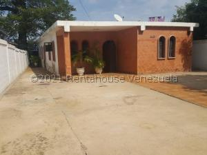 Casa En Ventaen Maracaibo, Avenida Bella Vista, Venezuela, VE RAH: 21-24109