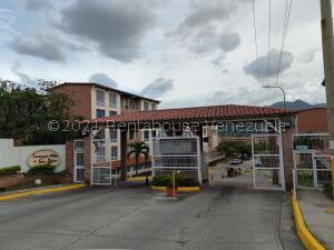 Apartamento En Ventaen Guatire, Guatire, Venezuela, VE RAH: 21-24314
