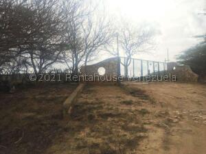 Galpon - Deposito En Ventaen Pueblo Nuevo, Pueblo Nuevo, Venezuela, VE RAH: 21-23946