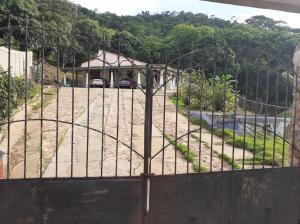 Casa En Alquileren Puerto La Cruz, Cantaclaro, Venezuela, VE RAH: 21-23955