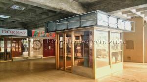 Local Comercial En Alquileren Maracaibo, Avenida Bella Vista, Venezuela, VE RAH: 21-23992