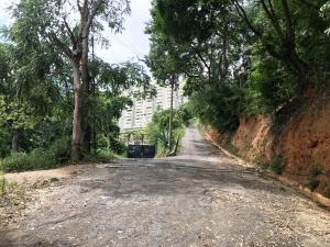 Terreno En Ventaen Caracas, Santa Ines, Venezuela, VE RAH: 21-23982