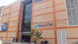 Local Comercial En Alquileren Caracas, Chacao, Venezuela, VE RAH: 21-23994