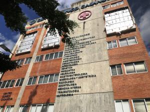 Edificio En Ventaen Caracas, Sabana Grande, Venezuela, VE RAH: 21-24000