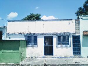 Casa En Ventaen Valencia, Los Taladros, Venezuela, VE RAH: 21-24014