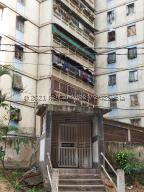 Apartamento En Ventaen Caracas, Catia, Venezuela, VE RAH: 21-24026