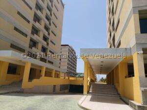 Apartamento En Ventaen Margarita, Pampatar, Venezuela, VE RAH: 21-24131