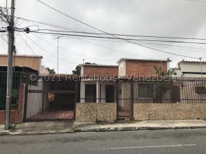 Local Comercial En Ventaen Barquisimeto, Parroquia Santa Rosa, Venezuela, VE RAH: 21-24038