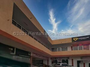 Local Comercial En Ventaen Punto Fijo, Puerta Maraven, Venezuela, VE RAH: 21-24055