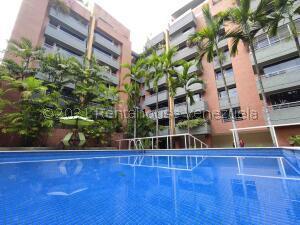 Apartamento En Ventaen Caracas, Campo Alegre, Venezuela, VE RAH: 21-24063